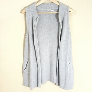 ANTHROPOLOGIE Long Gray Sleeveless Sweater Shrug